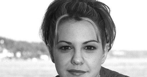 Larisa Oleynik: Photo Artist's: American Actress Larisa Oleynik