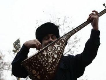 «Мы армяне поем на азербайджанском»