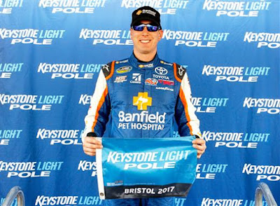 Kyle Busch poses with the Keystone Light Pole Award - #NASCAR