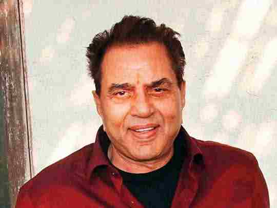 Top 10 richest actors in India - Dharmendra