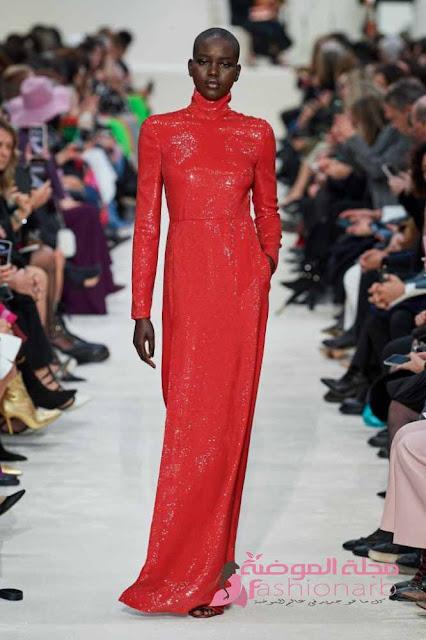 موديلات لفساتين حمراء للنساء المحجبات لليلة رأس السنة 2021
