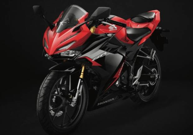 Ngoprek Bareng Astra Motor Kalbar Bersama Komunitas Honda CBR Membahas Tentang All New CBR150R
