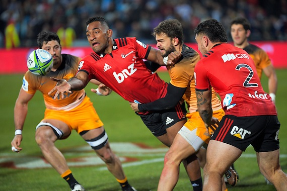 Sevu Reece of the Crusaders gets a pass away during the 2019 Super Rugby final against the Jaguares