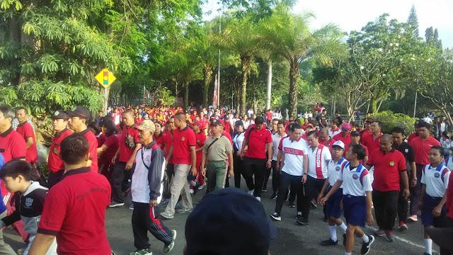 Pesta Nasi Jinggo Warnai Perayaan HUT RI Di Bali