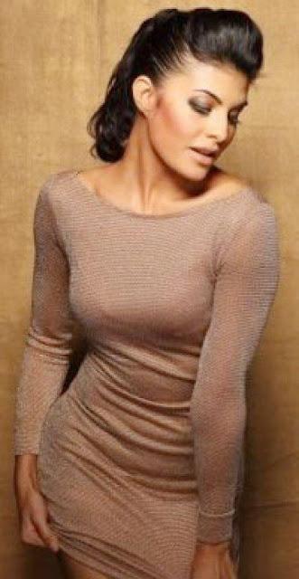 Jacqueline Fernandez hot sexy bikini bra wallpaper