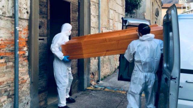 Coronavírus: Itália continua a enterrar seus mortos; em 24 horas foram 800