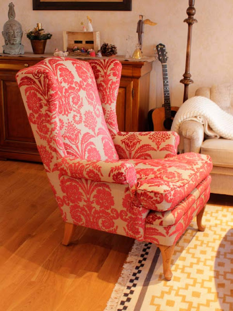 relappstol i brokade gullstolen. Black Bedroom Furniture Sets. Home Design Ideas