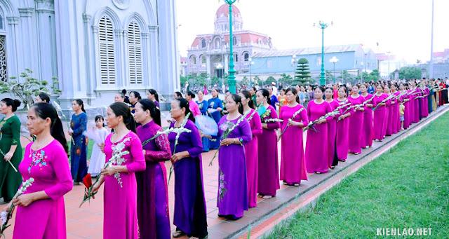 Kiên Lao Hội hiền mẫu kính thánh Mônica