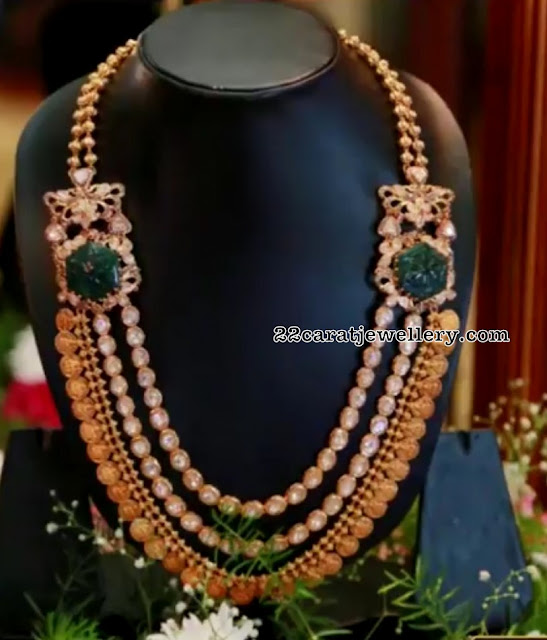 Three Layers Kasu Mala with Emerald Side Pendants