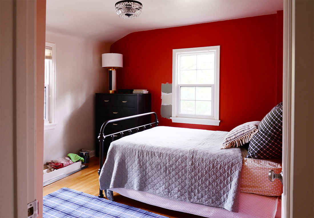 before and after home renovations, home remodel ideas, bedroom renovation, bedroom remodel, small guest bedroom renovation