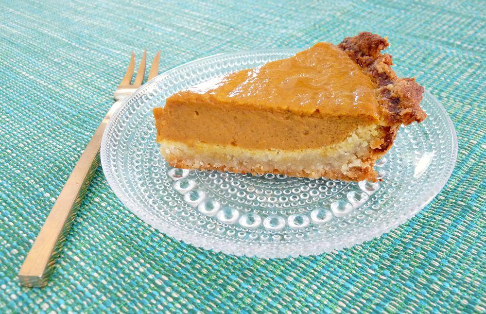 Pumpkin Pie with Almond Flour Crust