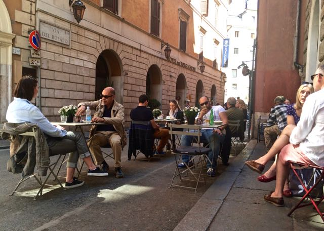 Where to eat near the Trevi Fountain