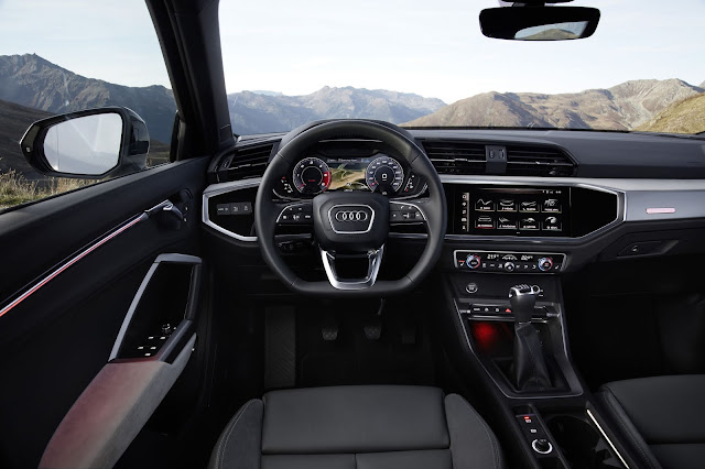 2021 Audi Q3, gli interni.