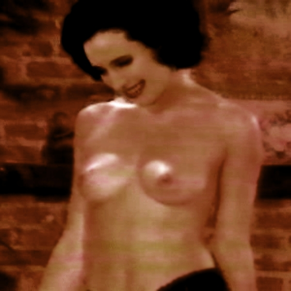 Free preview of andie macdowell naked in love after love