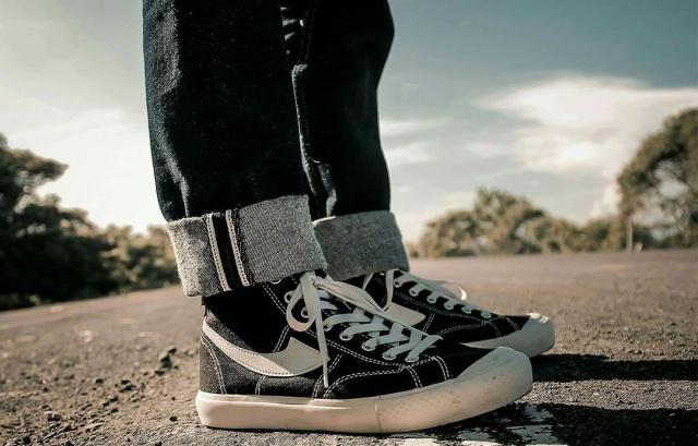5 Sepatu Compass Kolaborasi Paling Banyak Diburu