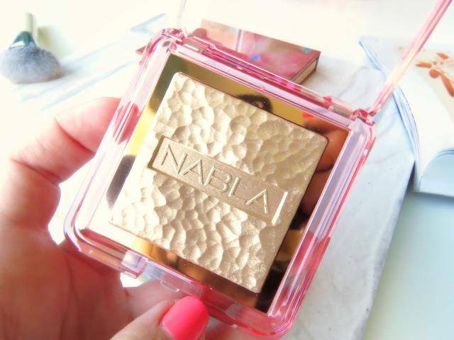 saveonbeautyblog_nabla_skin_glazing_highlighter_amnesia_review