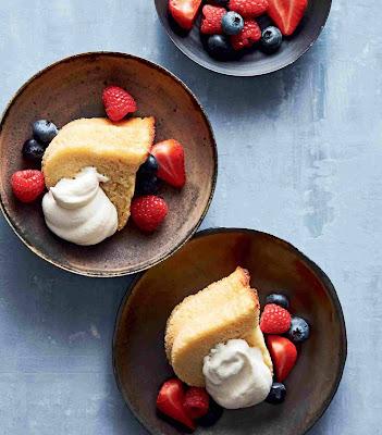 Keto Buttery Almond Pound Cake Recipe