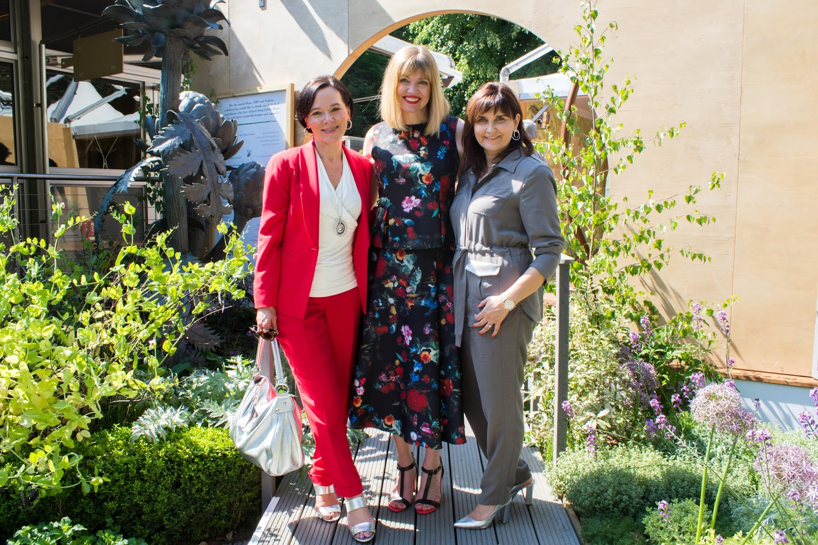 Chelsea flower show outfits for women over 40