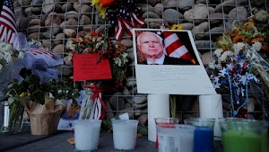 Late John McCain's Corpse To Lie In State At Arizona State Capitol