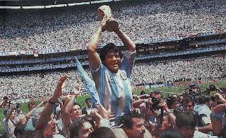 Maradona juara piala dunia