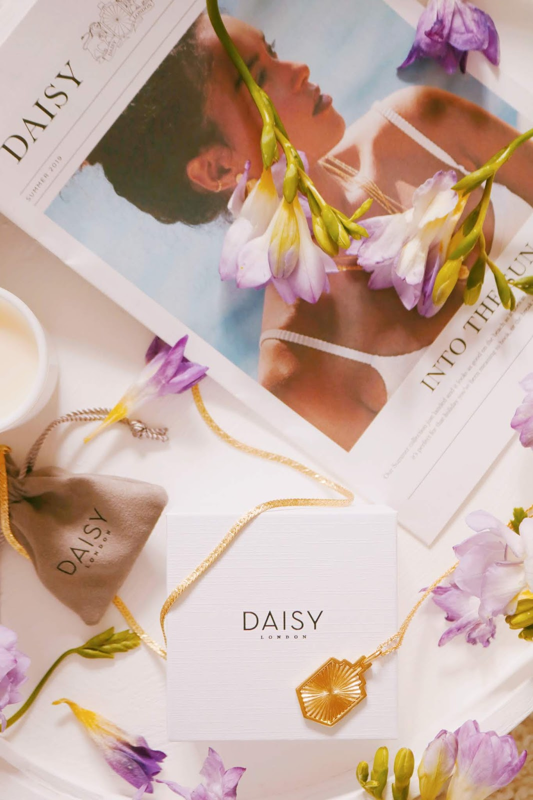 Daisy London x Estee Lalonde