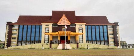 Wakapolri  Komjen Gatot Eddy Telah Mresmikan Gedung  Baru Mapolda Riau