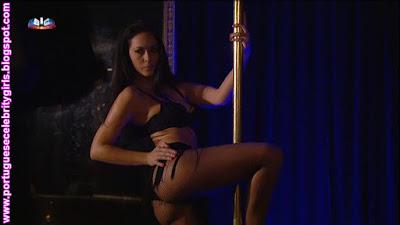 http://imgchili.net/show/83946/83946899_debora_monteiro_sexy.jpg