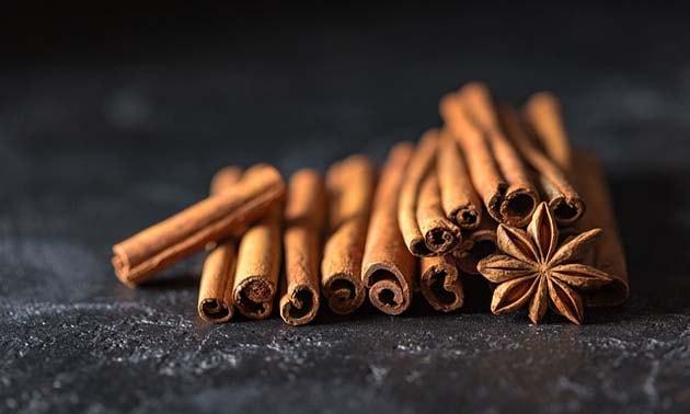 Canela em casca (Cinnamomum zeylanicum)