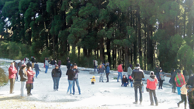 Snow lifts the mood at Tiger Hill near Darjeeling