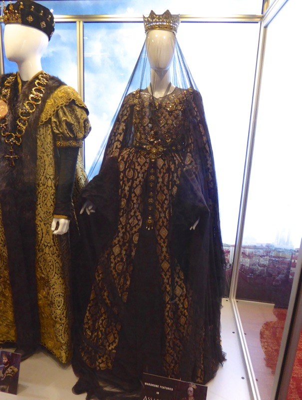 Queen Isabella gown Assassins Creed movie