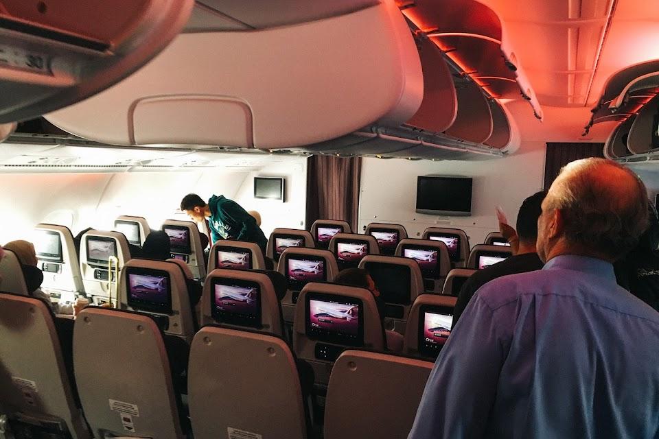 カタール航空QR0003 機内