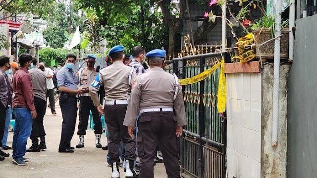 Diduga Cekcok Keluarga, Polisi di Depok Dorr Anak-Istrinya Lalu Tembak Kepala Sendiri