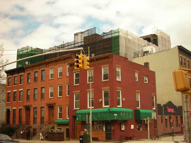 This Is The Northwest Corner Of Dean Street And Sixth Avenue Home As Spring 2010 Freddys Bar Backroom Other Buildings