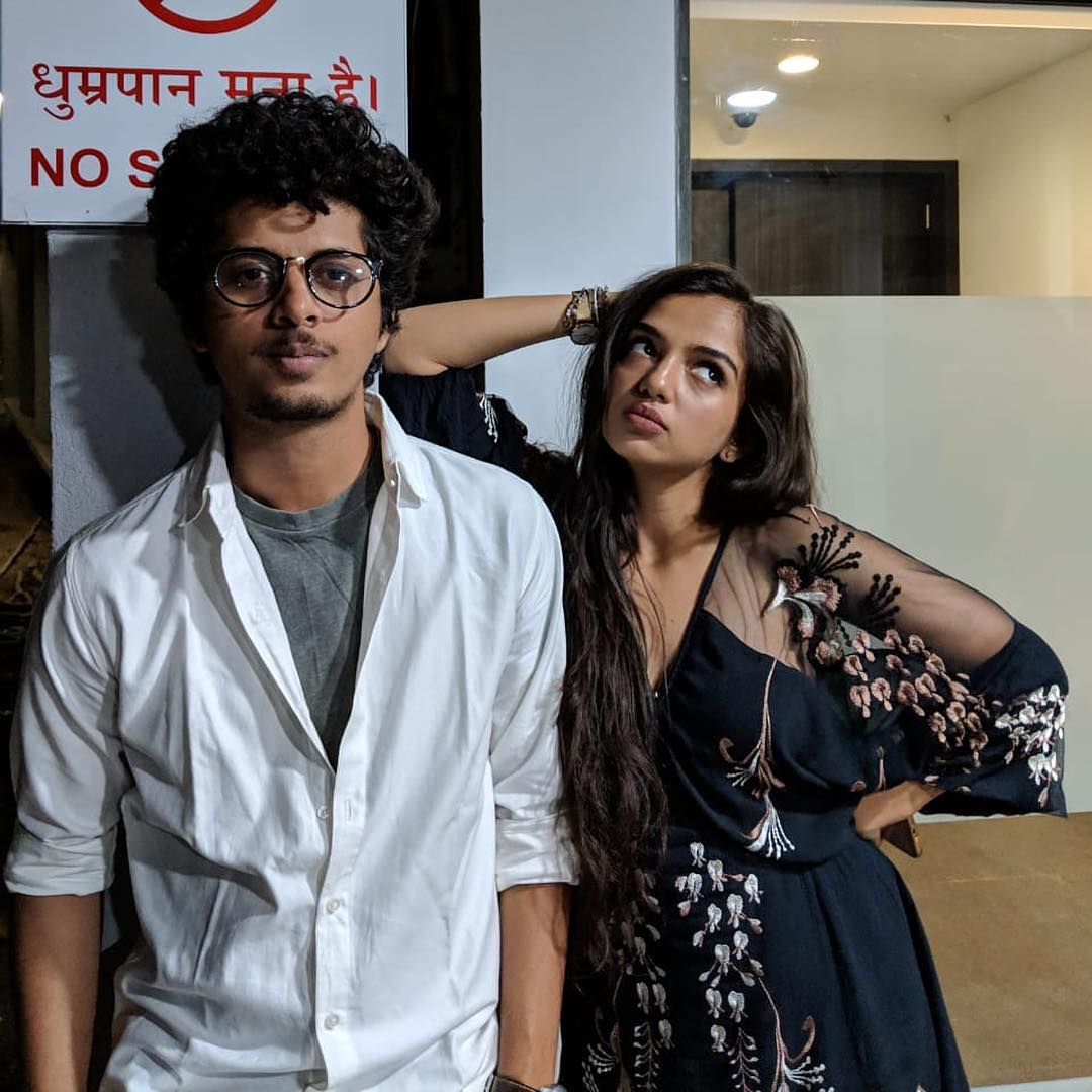 Ahsaas Channa with Kota Factor co-star.