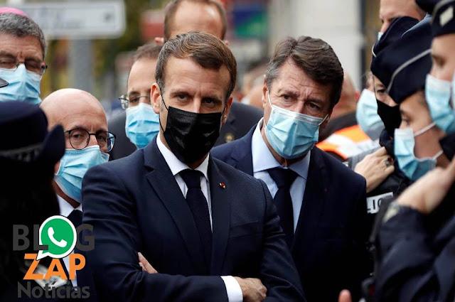 Presidente Emmanuel Macron e seguranças