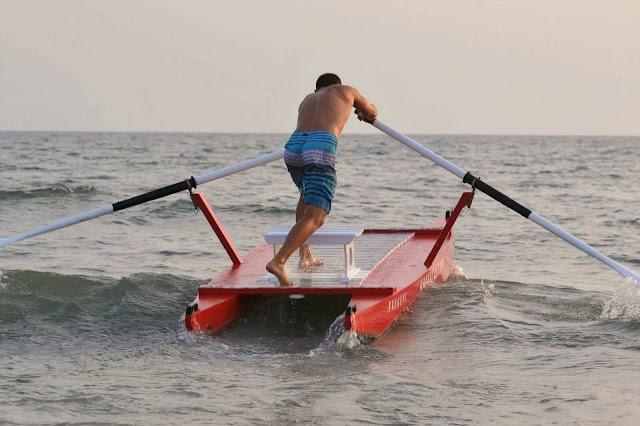 Siculiana Marina, stavano per annegare: due ragazzi salvati da bagnino