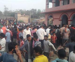 बिहार के खगड़िया में सरकारी स्कूल की दीवार ढही, अब तक छह शव निकाले गए