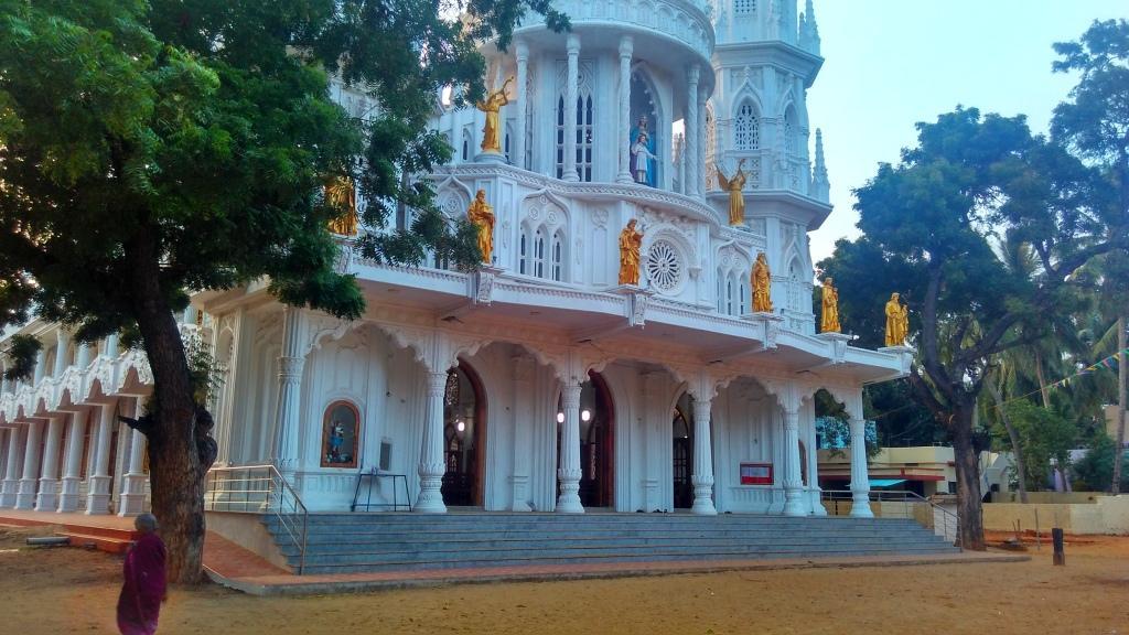 Tamilnadu Tourism: Holy Family Church, Ramanputhoor, Nagercoil