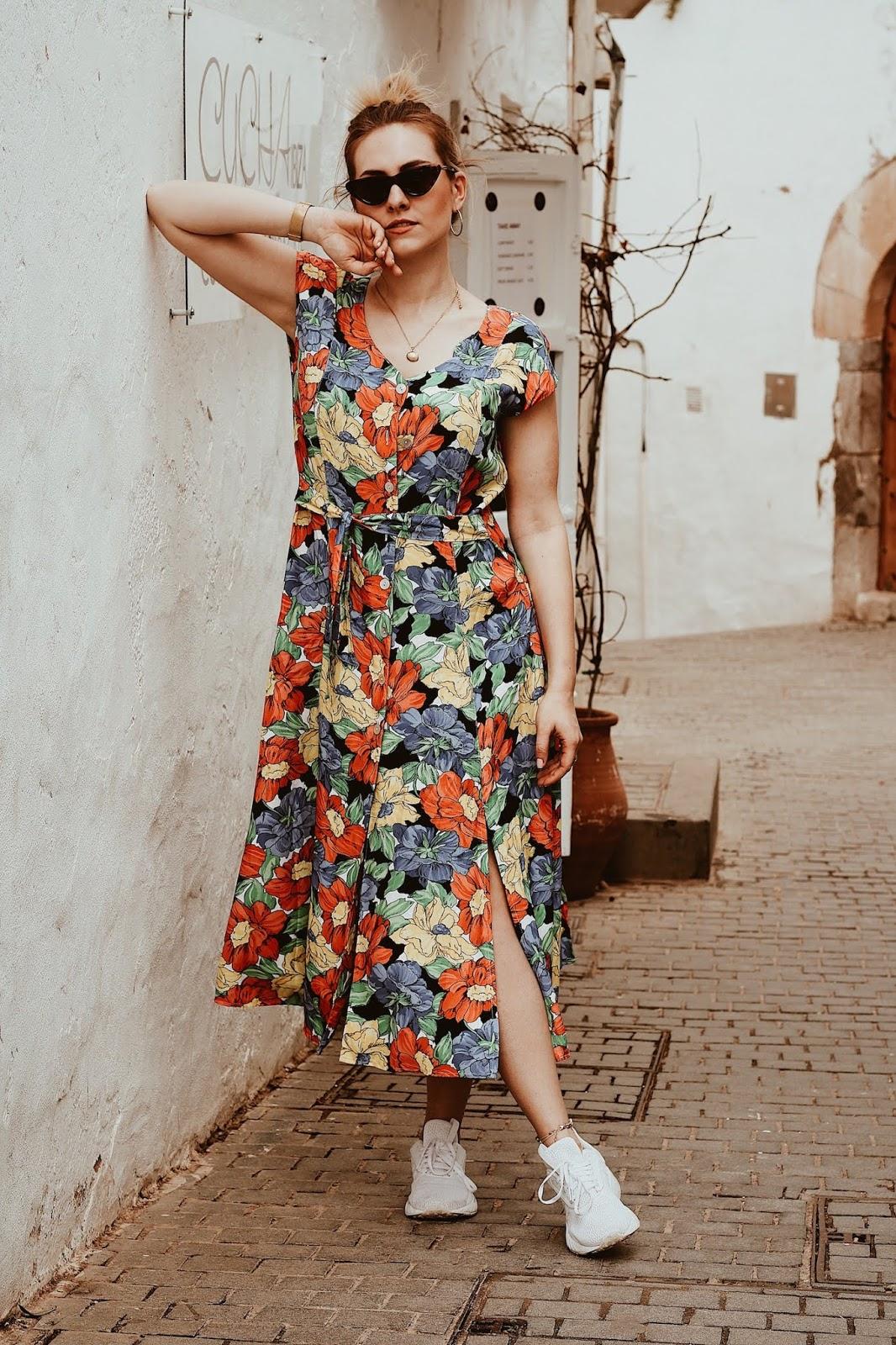 Sukienka idealna na wakacje