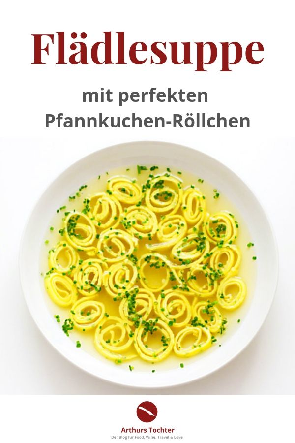 Rezept für Flädlesuppe mit Geflügelbrühe (brodo con tagliolini di crespelle) #rezept #suppe #pfannkuchen #einfach #schnell #backen #pfanne #vegetarisch #thermomix #vegan #suppe #brühe #schwäbisch #badisch #arthurstochter #foodblog #foodstyling #foodphotography #rheinhessen #mainz