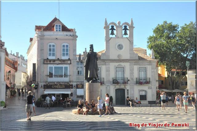 Plaza del ayuntamiento en Cascais