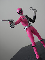 SH Figuarts Deka Pink Bandai Tamashii Nations Toy Review Umeko
