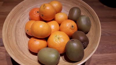 clementine, kiwi