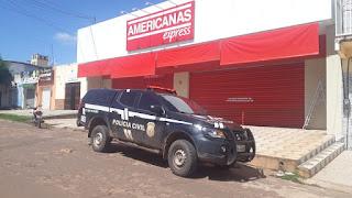 Clientes e funcionários são feitos reféns durante assalto à loja Americanas em Zé Doca