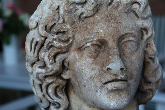 Germany returns ancient Roman bust to Italy