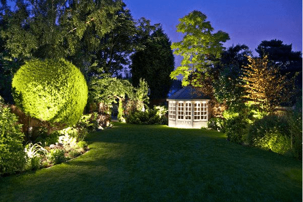 Romantic Outdoor Lighting Ideas for Garden and Backyards in Summer