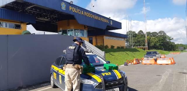 PRF apreende mais de 18 kg de Maconha em ônibus de Linha Regular