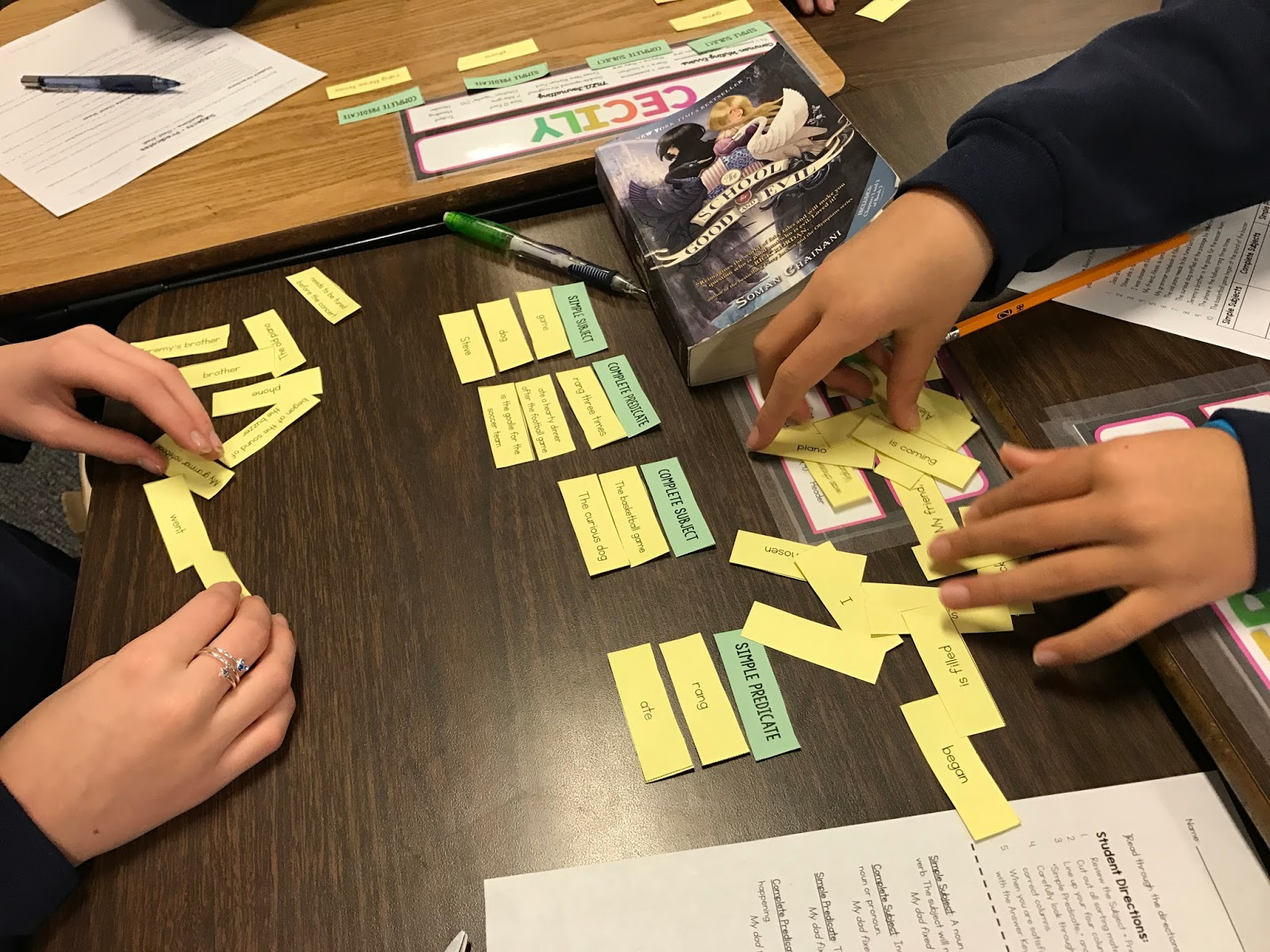 A fun and easy way to teach subjects and predicates! Make grammar interactive and engaging with this sorting activity!