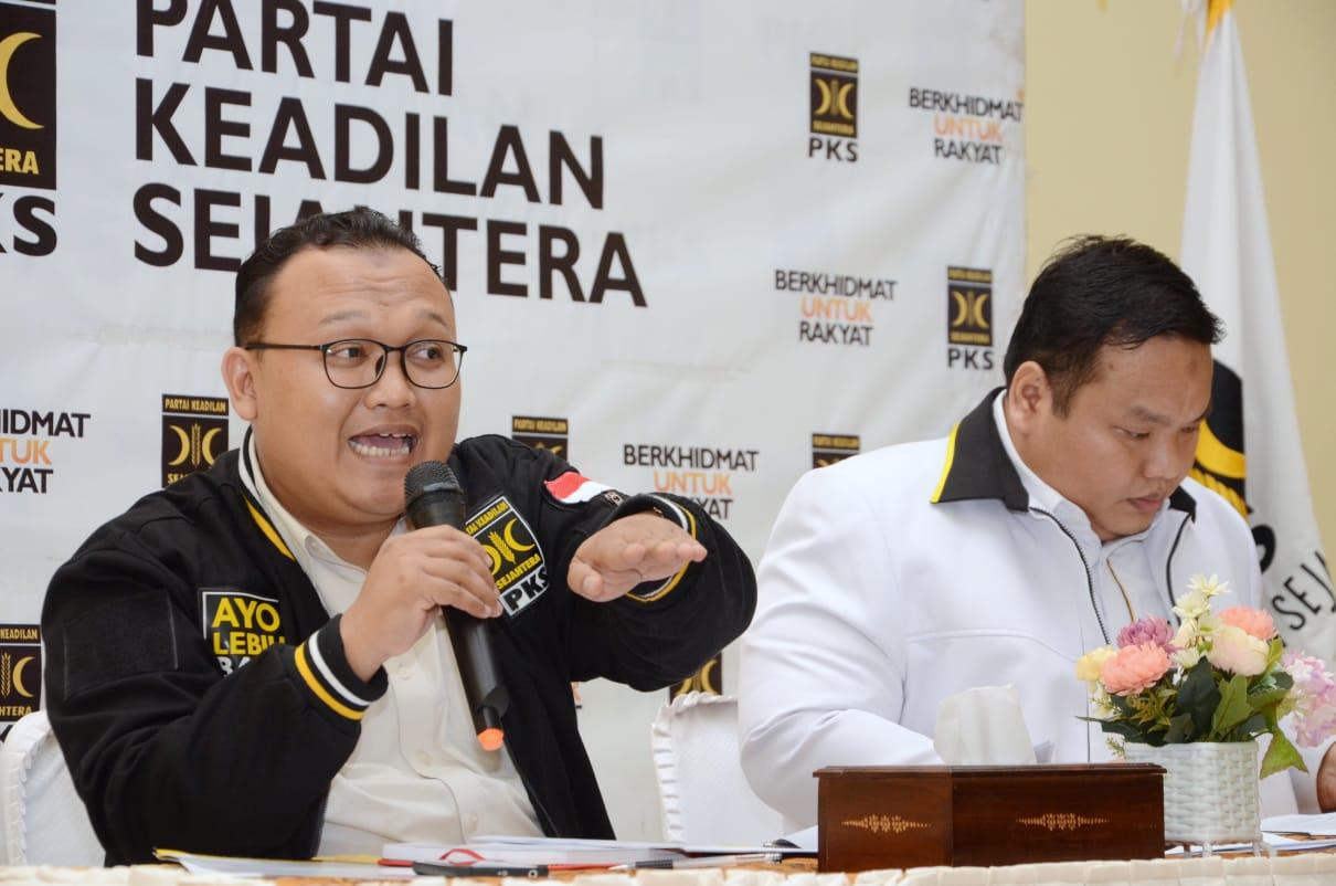 Bela Milenial, PKS Bebaskan Pajak Penghasilan di Bawah Rp 8 Juta
