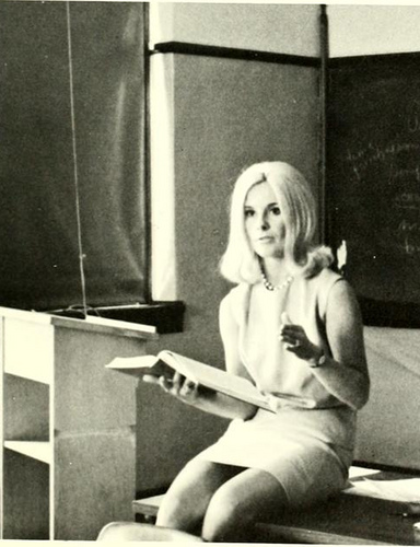 Hot Teachers Vintage Everyday